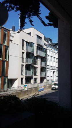 Mehrgeschossiges Bürohaus mit Wohnungen, Linz